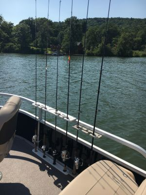 4 Rod Rack for Pontoon Boats